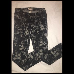 🔷🔹Floral Mudd Jeans